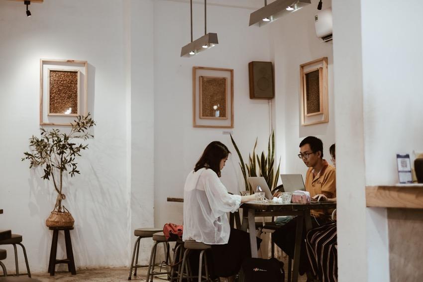 ベトナムで注意すべきビジネスマナーとは?